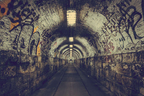 tunnel-23756_640