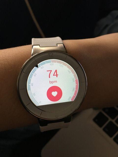 watch-1240356_640