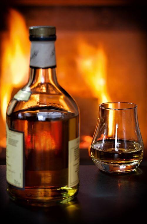 whisky-1872379_1280_R