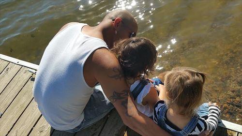 father-child--lake-latin_R