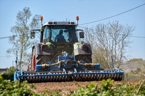agricultural-work-2265225_1280_R