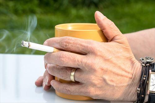 cigarette-2367456_1280_R