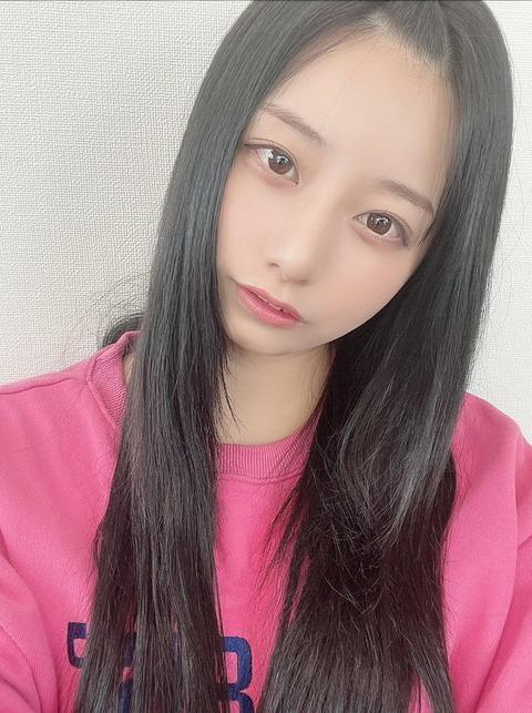 【悲報】AKB48鈴木優香「やばい、起きたらAカップになってた」