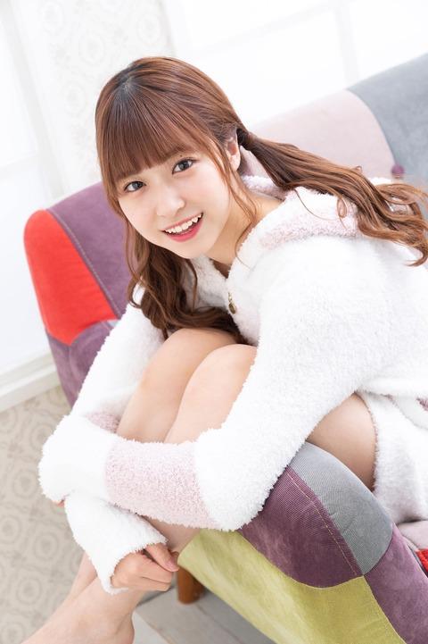 【AKB48】俺たちの陽菜ちゃんの初ソログラビアキタ━━━━(゚∀゚)━━━━!!【橋本陽菜】