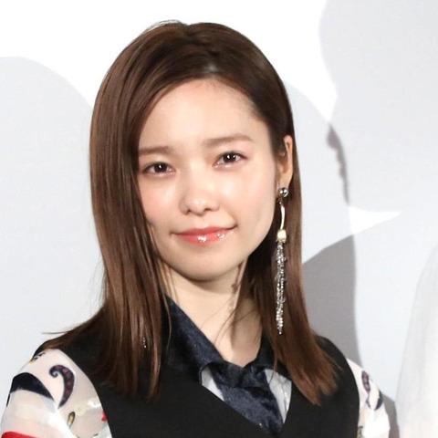 【炎上】元AKB48島崎遥香さん「何で会社員は優先席に平気で座ってられるんだろう」「韓国は素敵、若者はみんな立ってた、優先席はガラガラでした」
