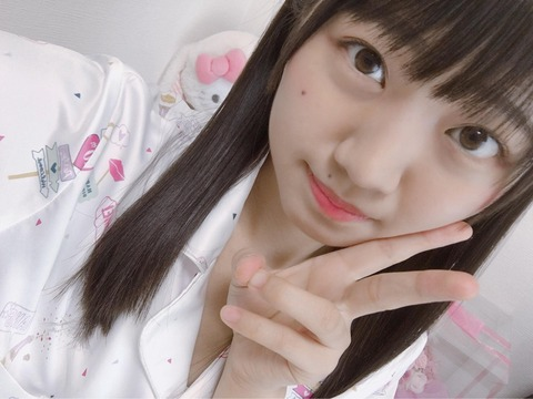 【AKB48】SSA転落事故で頭骨骨折の稲垣香織メンバーがレッスンに復帰!