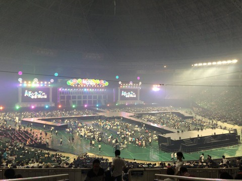 【悲報】乃木坂46の、ヤフオクドームコンサートが酷かった模様wwwwwww