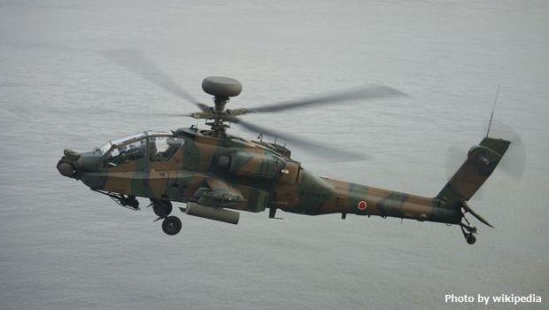 JASDF_AH-64D(74506)_under_flight_over_ATC