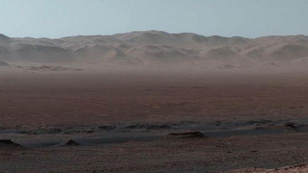 marsverkenner-stuurt-enorme-panoramafoto