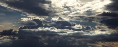 sky-1107579_640
