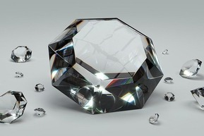 different-naturaldiamond-artificialdiamonds2