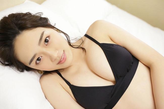 清水綾乃 グラビア (20)