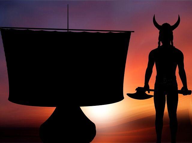 silhouette-1939054_640
