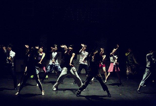 dance-430554_640
