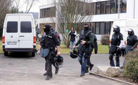 ドイツ-17歳少年-銃乱射事件-2