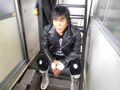 大仁田厚22日に両膝手術受けることを発表人工関節を入れ…復帰時期は全くの白紙