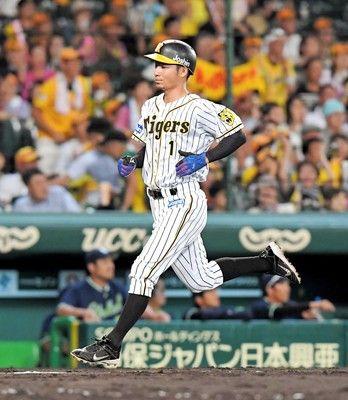 金本阪神お粗末同点犠飛のはずが…鳥谷生還前に二走・梅野が三塁憤死借金最多9