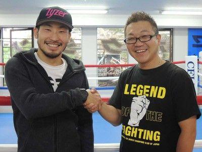 岩佐亮佑が現役続行発表贈られたフェラーリ返却「今度はランボルギーニかな」
