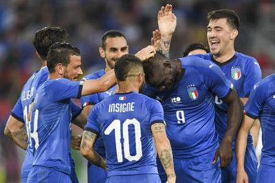 イタリアがサウジ下すバロテリ代表4年ぶり弾