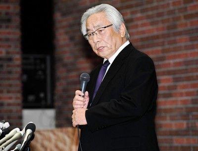 日大学長内田前監督の入院認める「食事がのどを通らない」