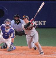 【巨人】岡本、9回に値千金の決勝適時二塁打!3安打4打点の大暴れで連敗止めた