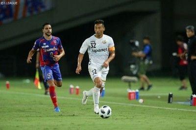 長崎が首位追走中の2位FC東京を撃破!連敗ストップで4試合ぶりの勝ち点3