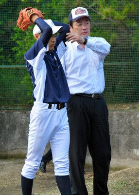 元カープの北別府さん、広島の高校の非常勤コーチに就任