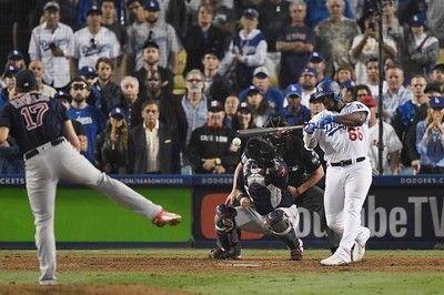 【MLB】死闘続くRソックスVSドジャースWS史上最長試合時間&最長イニングを更新中