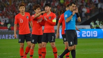 """VARが下した""""ノーゴール""""の判定に…韓メディア「韓国とベトナムに薄情なVAR」"""