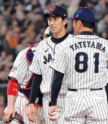 """侍・岸""""血染め""""の力投5回途中3失点球数での交代直後に成田が被弾"""