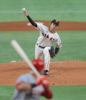 【巨人】初回に2失点…先発・高田が好投も遊撃・坂本勇が悪送球