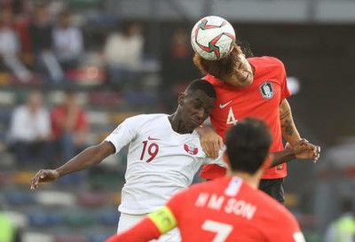 前回準優勝の韓国が敗退、勝ったカタールは初4強