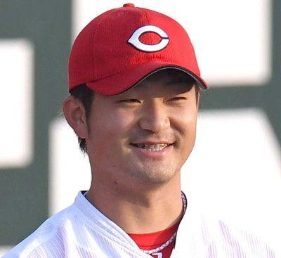 """""""赤い宇宙人""""広島・岡田、大物OBの顔&名前分からず「野球見ないので」…TVで"""
