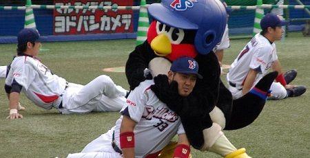 つば九郎 選手に暴行에 대한 이미지 검색결과