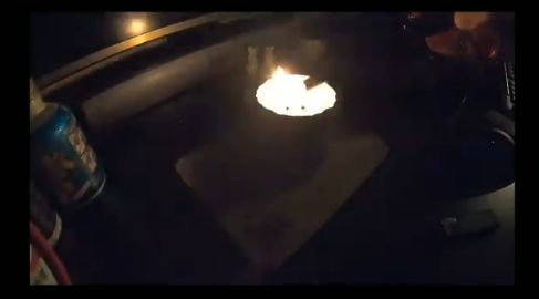 ユーチューバー アルコールランプ ラーメン 自作 火事に関連した画像-01