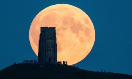 1/21 Pleine Lune Eclipse totale de Lune Super Moon Image liée à Super Blood · Wolf Moon-01