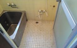 浴室(リフォーム前):貸家2号