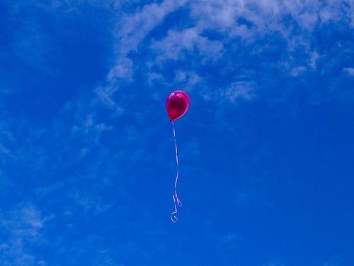 サンタさんへのお願いを風船で飛ばしたら00