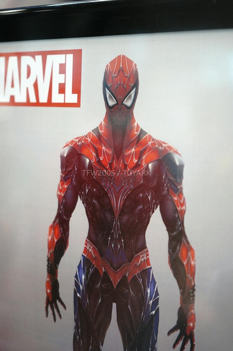 NYCC-2014-Play-Arts-Kai-Marvel-012