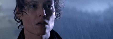 Aliens-Ripley-prepares