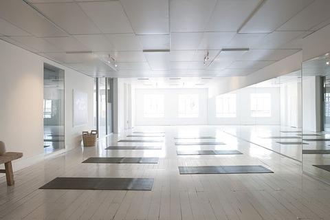 yoga-2959230__480
