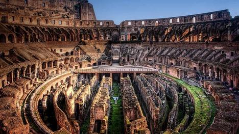 130602コロッセオの内部@イタリア ローマ