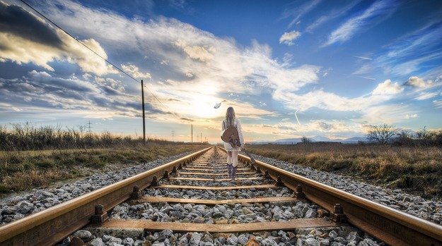 rail-2803725_1920