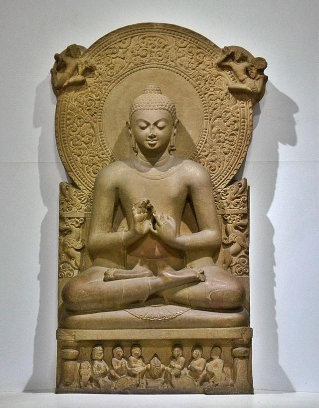 800px-Buddha_in_Sarnath_Museum_(Dhammajak_Mutra)