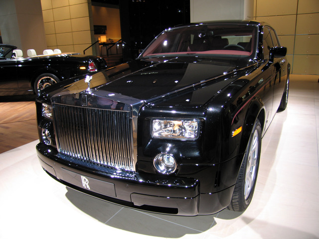 Rolls-Royce_Phantom_Series_I_(IAA_2007)