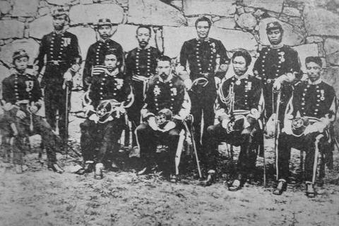 西南戦爭で政府軍に挑む西郷軍の裝備www : (遅報)歴史まとめ