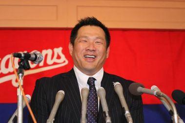 山崎武司引退会見