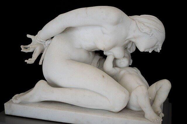 sculpture-3248043_640