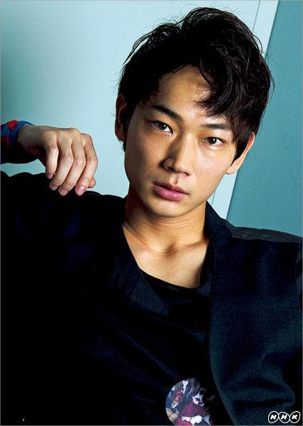 http://drama-haiyuu.up.seesaa.net/image/ayanotsuyoshi1.jpg
