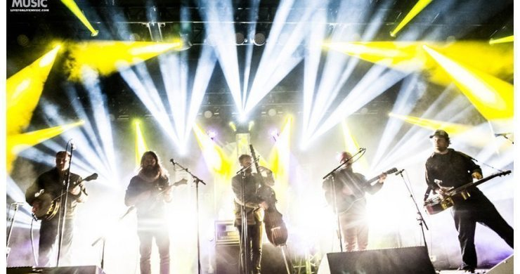 watch greensky bluegrass cover phish 39 s 39 julius 39 perfectly. Black Bedroom Furniture Sets. Home Design Ideas